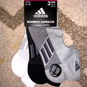 Adidas women's superlite low cut socks